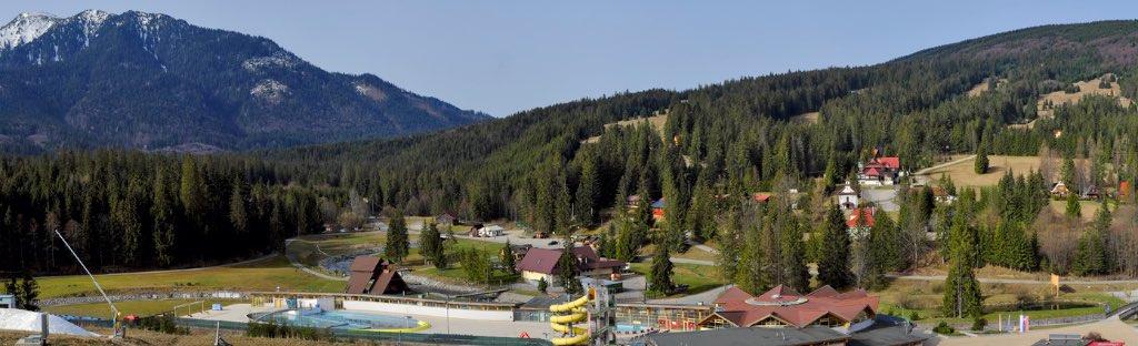 Kemp Oravice - pohľad do Oravickej doliny