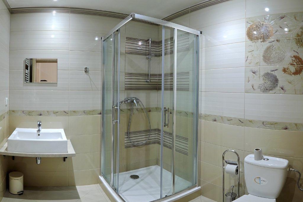 Kemp Oravice - toalety v štúdiovej chate Mira